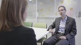Interview vidéo du DSI de voyages SNCF technologies - Claire Gerardin